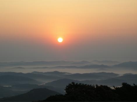YN_W_Posts_MI_Gayatri Sunrise_150dpi